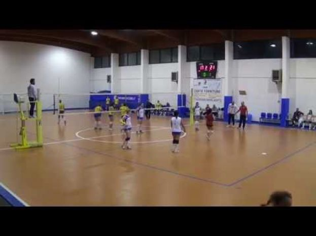 VOLLEY CARSOLI VS A.S.D.COLONNELLA VOLLEY,CAMPIONATO DI SERIE D(VIDEO)